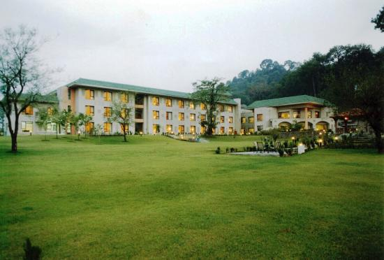 Country Inn & Suites By Carlson, Vaishno: Exterior