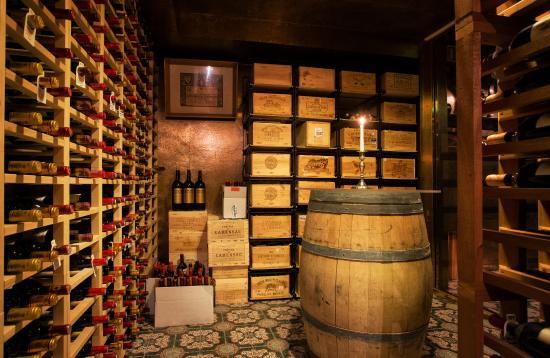 Hotel Holt: Wine Cellar