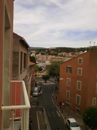 Hotel Laurence: Vu sur le port ^^