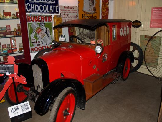Cotswold Motoring Museum: Inside the museum
