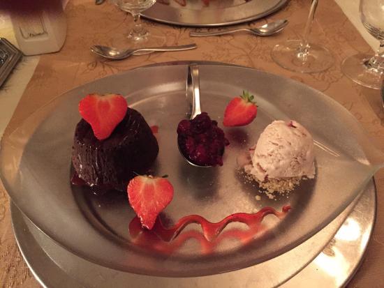 Restaurant Merlot Photo