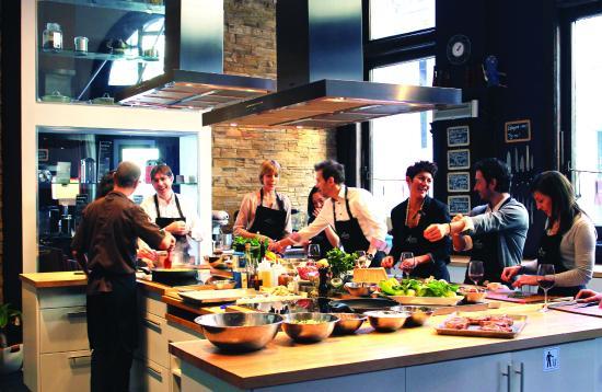 Cours De Cuisine Picture Of Ateliers Et Saveurs Montreal - Cours de cuisine nice