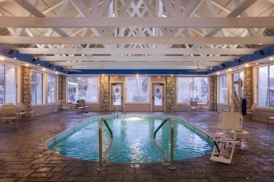 Wyndham Branson at The Meadows: Indoor Pool