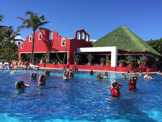 cancun single parents Waterpark at great parnassus all-inclusive resort & spa in cancun  no single  supplement for single parents traveling with at least two kids.