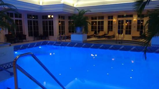 Chessy, Francja: pool
