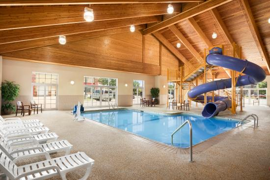Shoreview, MN: Pool