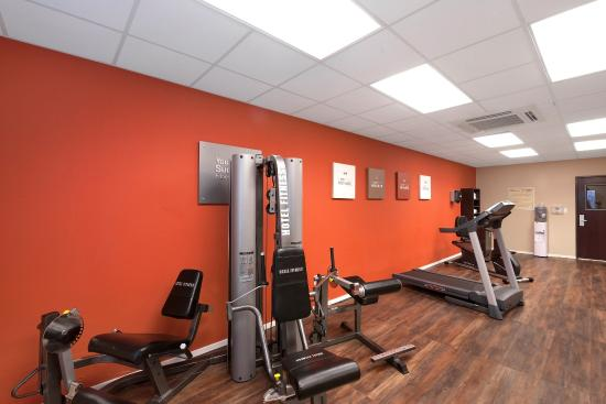 Comfort Suites University: Fitness Room