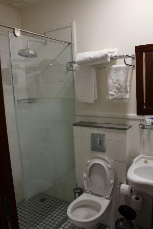 Arcadia Ba'Moshava Jerusalem : Bathroom