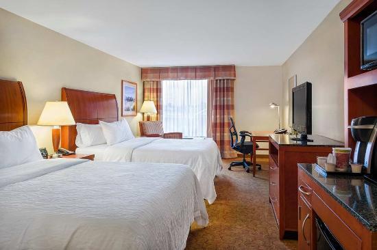 Hilton Garden Inn Cleveland East / Mayfield Village: 2 Queen Bed Guestroom