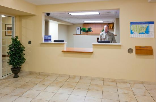 Brown Deer, WI: Front Desk