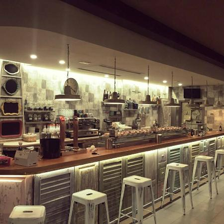 Cafe Bar Goya