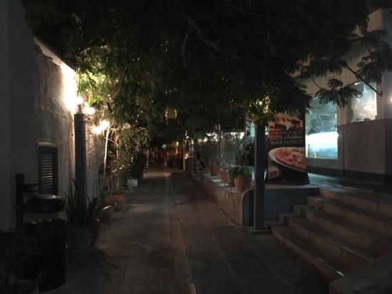 Pathway to Kargeen - Picture of Kargeen Restaurant, Muscat