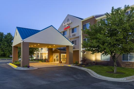 Fairfield Inn & Suites Grand Rapids : Hotel Exterior