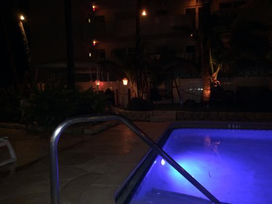 Windjammer Resort: nightshot