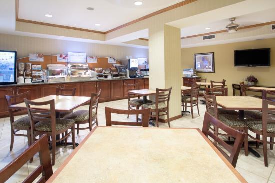 Abilene, Kansas: Breakfast Area