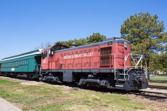 Abilene, Kansas: Smokey Valley Railroad