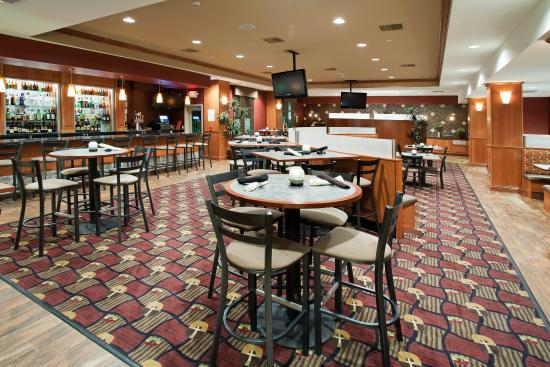 Holiday Inn Hotel & Suites Grand Junction-Airport: Relax after a long day at the Grand Valley Grill