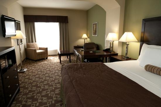Photo of La Quinta Inn & Suites Fort Walton Beach