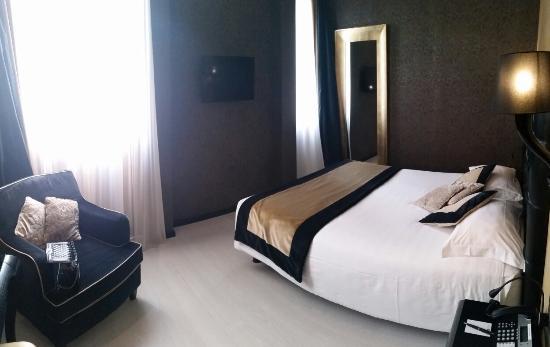 Carnival Palace Hotel