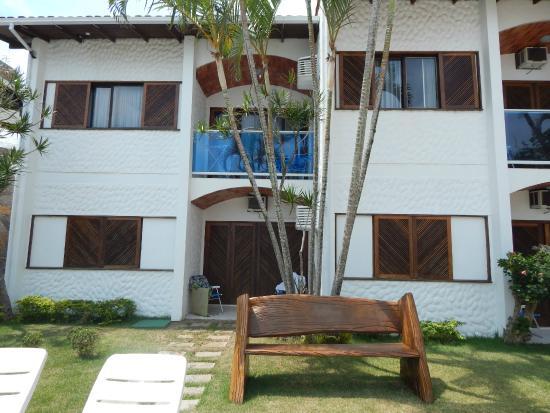 Village Paraiso: predio dos apartamentos de frente pra piscina