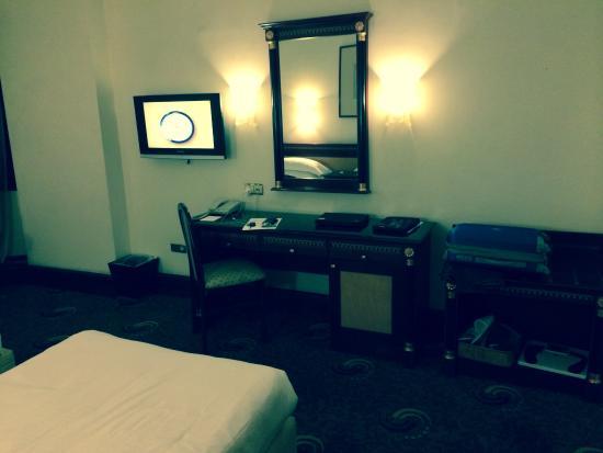 Hotel Al Shohada: الغرفة