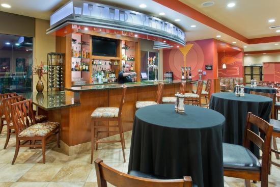 Yakima, Вашингтон: 8th Street Bistro Lounge
