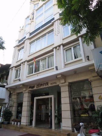 Zephyr Boutique Hotel: 外観