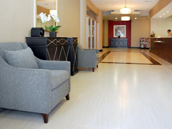 Holiday Inn Express - Los Angeles Downtown West: Guest Services