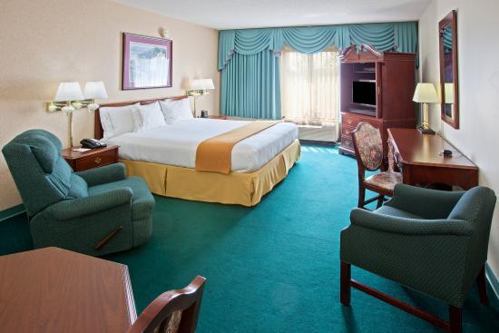 Junction City, Oregon: King Bed Guest Room
