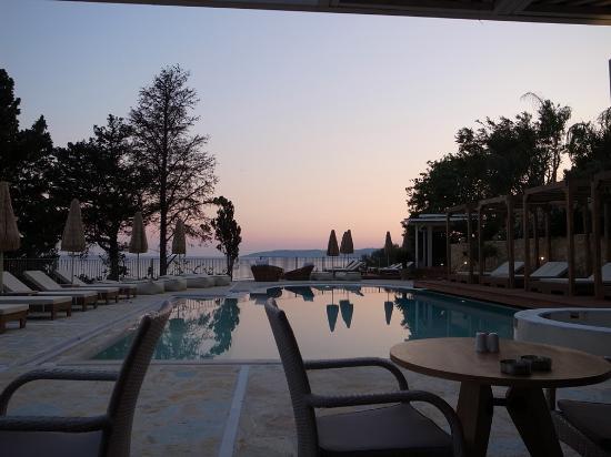 Λουρδάτα, Ελλάδα: beautiful places in the hotel area