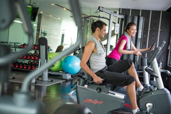 Holiday Inn Bangkok Sukhumvit  - Gym