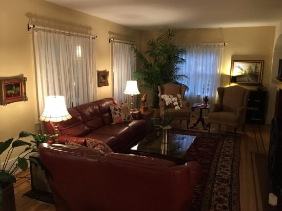ThistleDown House: Living Room