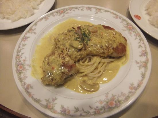 Restaurant Kikusui : トンカツ