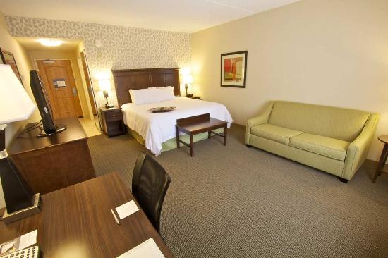 Tunkhannock, PA: King Room with Sitting Area