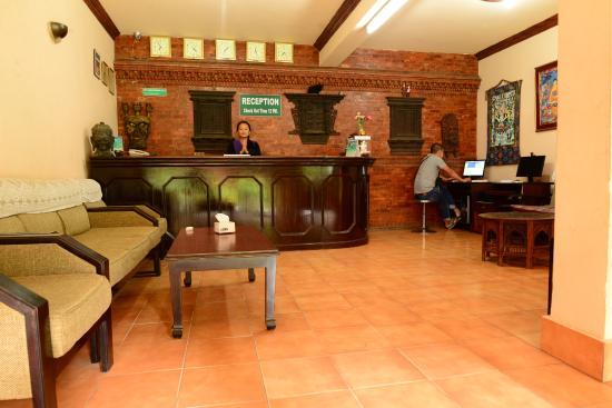 Hotel Horizon: Lobby