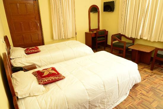 Hotel Horizon: Standard Double Room