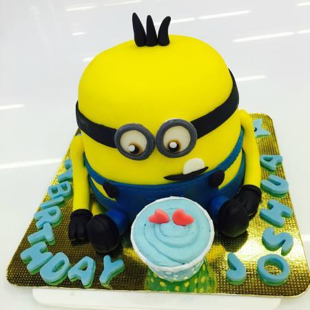 3 D Minion Birthday Cake Custom Design