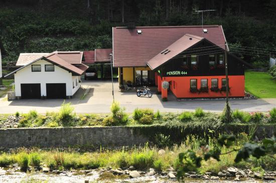 Pension 444: Ubytování 50m od skiareálu Herlíkovice Bubákov