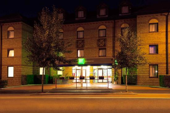 Ibis Styles London Leyton: Exterior