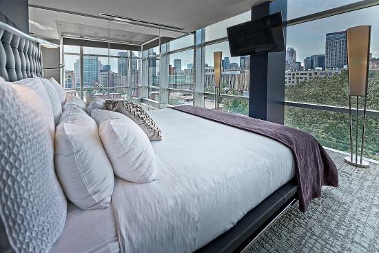 Hotel 10: Penthouse King Bedroom