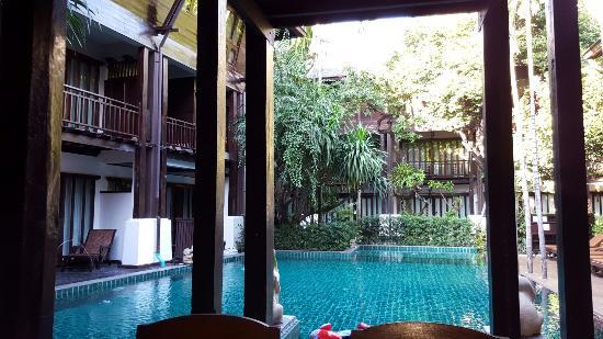 Yantarasiri Resort: 20151125_080700_large.jpg