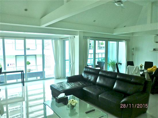 Siam Palm Residence : 2-bedrooms apt (Rm 502) - Living rm 3