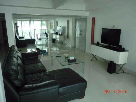 Siam Palm Residence : 2-bedrooms apt (Rm 502) - Living rm 5