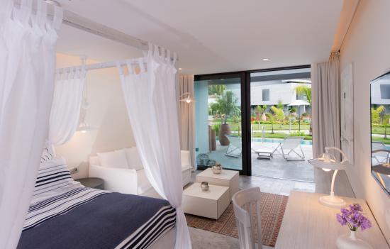 D- Resort Gocek: deluxe pool side