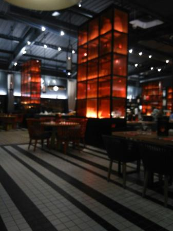 restaurant le kong ming chinese dans cormontreuil avec. Black Bedroom Furniture Sets. Home Design Ideas