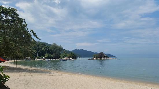 Batu Ferringhi Beach Review
