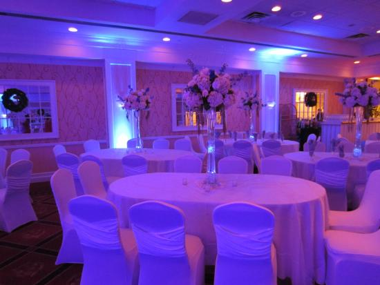 BEST WESTERN Mill River Manor: Banquet Facility