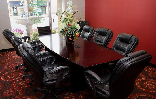 BEST WESTERN Mill River Manor: Conference Room