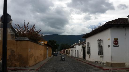 Hotel Las Piletas: улица