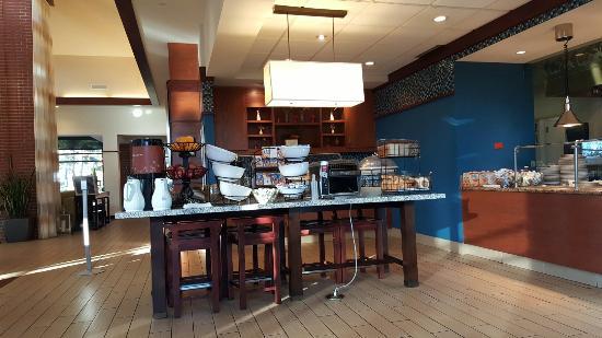 Hilton Garden Inn Wisconsin Dells: 20151204_084522_large.jpg